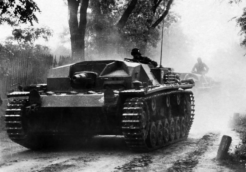 1.3. Хазанов Д.Б. Авиация при обороне Крыма 1941г