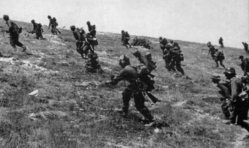 4.3. Хазанов Д.Б. Авиация в боях над Крымом. Май – июль 1942г