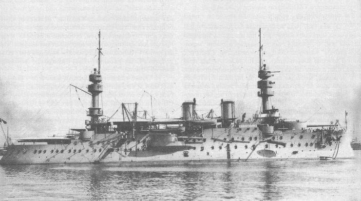 """""""Жорегибери"""" на рейде Тулона. 1909 г."""