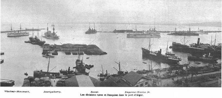 "Алжир. На рейде слева направо стоят ""Владимир Мономах"", ""Жорегибери"", ""Бувэ"" и ""Николай Г. 20-26 марта 1902 г."