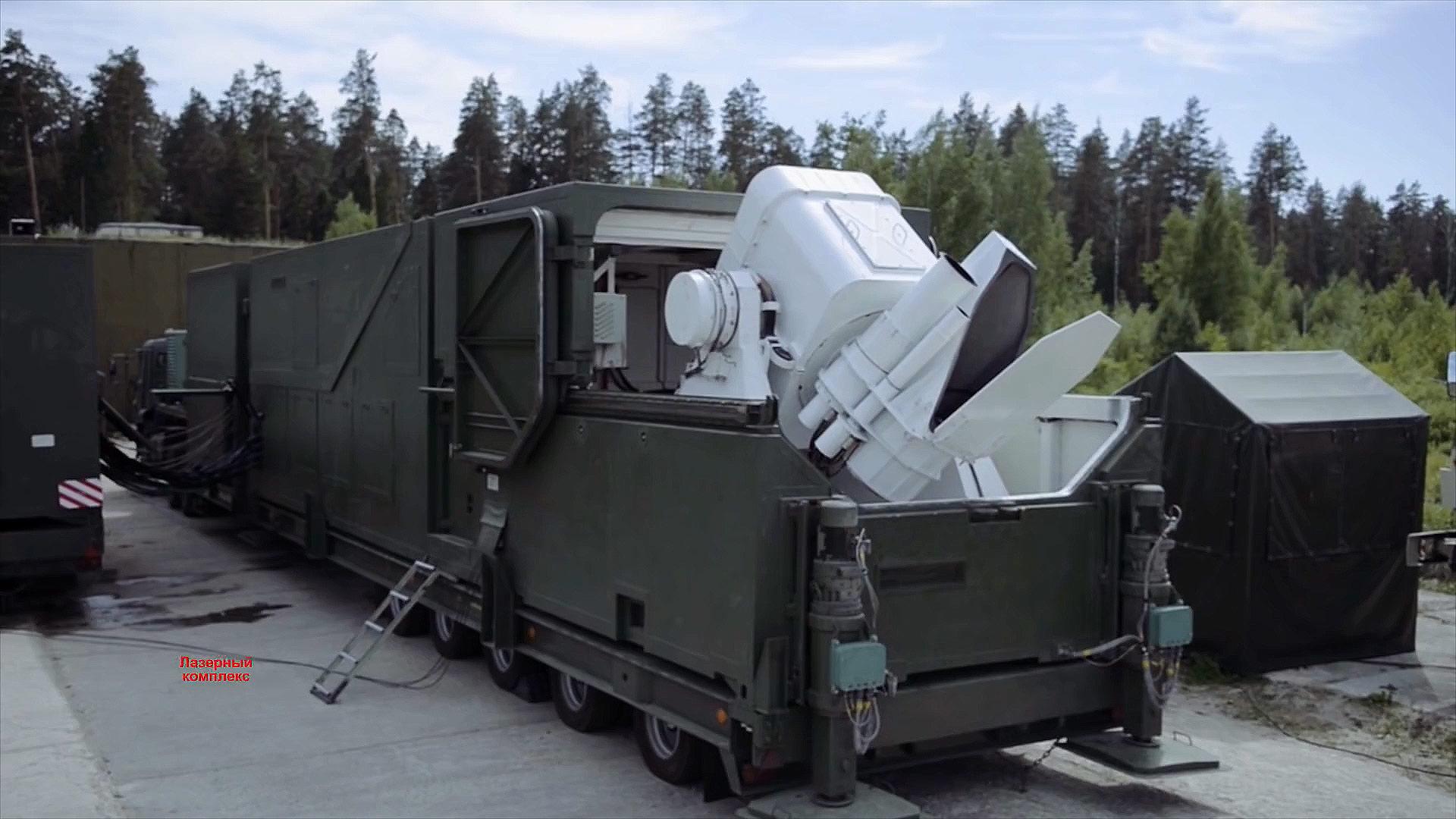 Боевая машина мобильного лазерного комплекса
